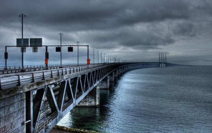the-oresund-bridge-753625